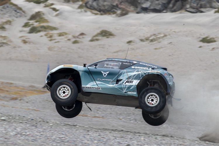 Extreme E賽事本季第3場比賽於格陵蘭的羅素冰河舉辦。圖/真力時提供