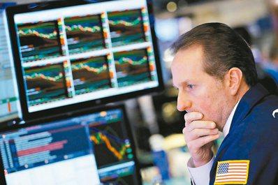 美國若啟動縮減購債計畫,可能出現「利空鈍化」,第4季債券殖利率恐不漲反跌,而債券...