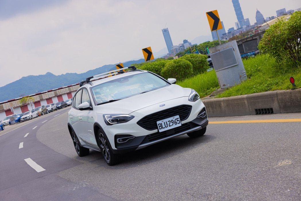 Ford Focus Active任性版擁有戶外市區都適合的設定。 記者沈昱嘉/...
