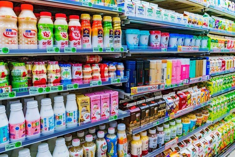 想像一下~現在的你,又渴又熱,可以馬上來一杯100c.c的涼飲料,你會選哪一杯?