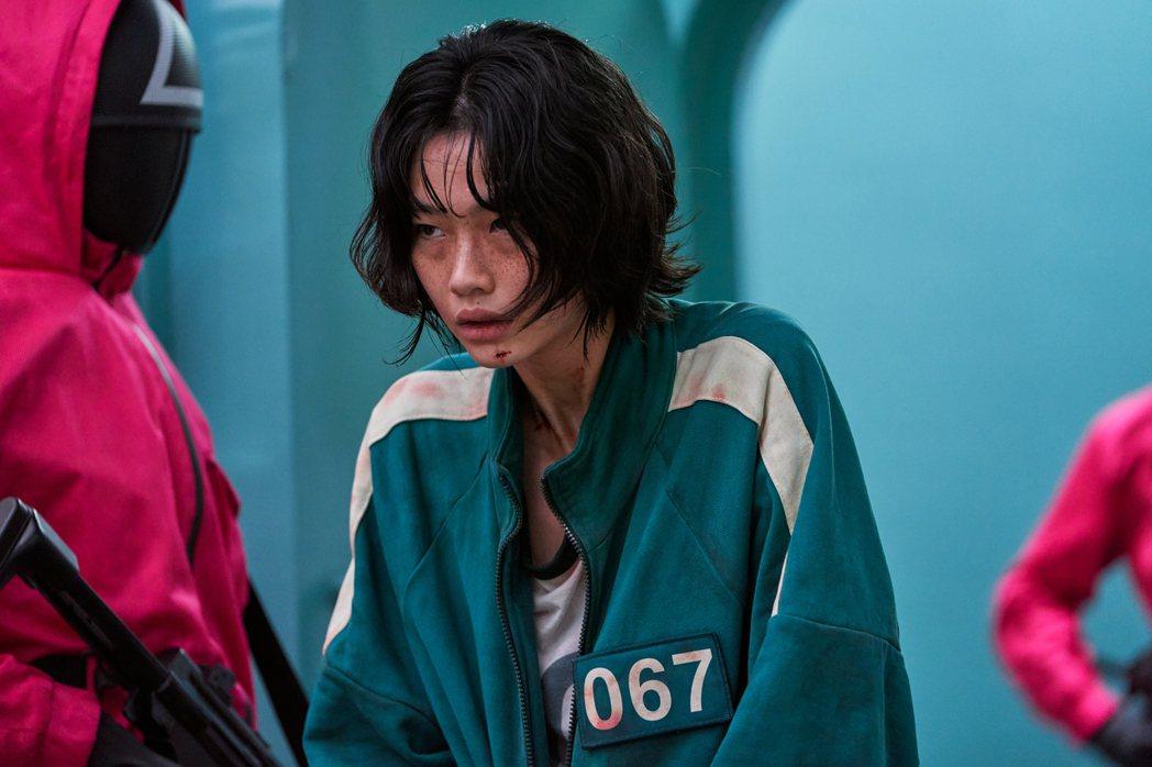 鄭好娟在「魷魚遊戲」中飾演脫北者,表現搶眼。圖/Netflix提供