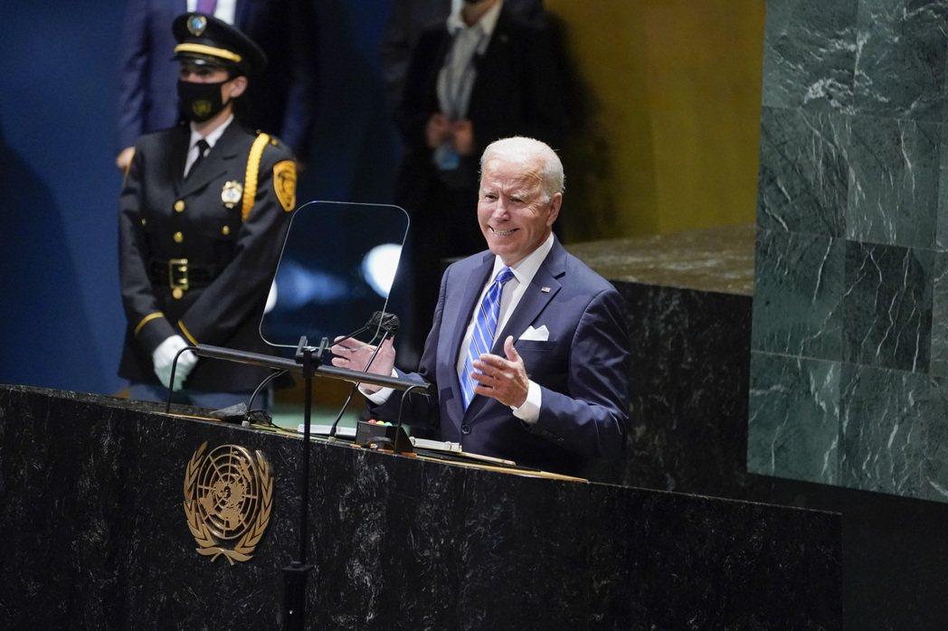 美國總統拜登21日在聯合國大會演說時表示將再度加倍補助窮國對抗氣候變遷。美聯社