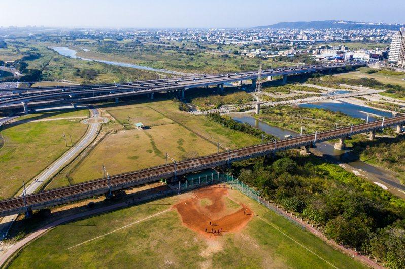 新竹市長林智堅拋出「大新竹市」合併議題,除了引發地方議論,民進黨內部也有許多不同意見。圖/新竹市政府提供