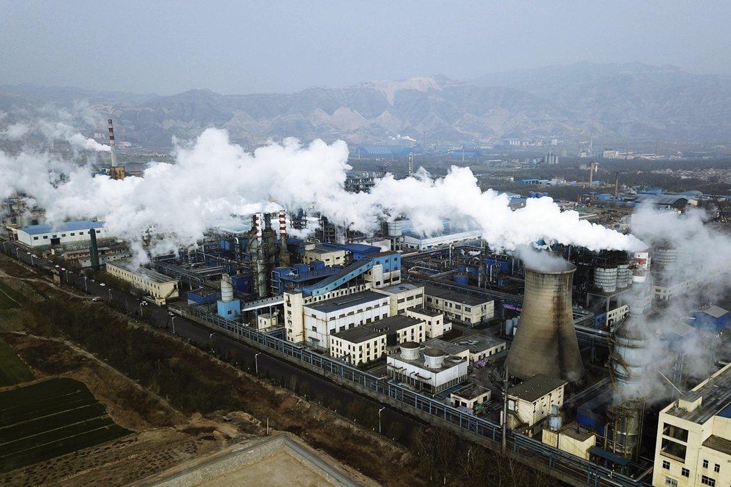 示意圖,山西一家煤炭加工廠。 圖/美聯社