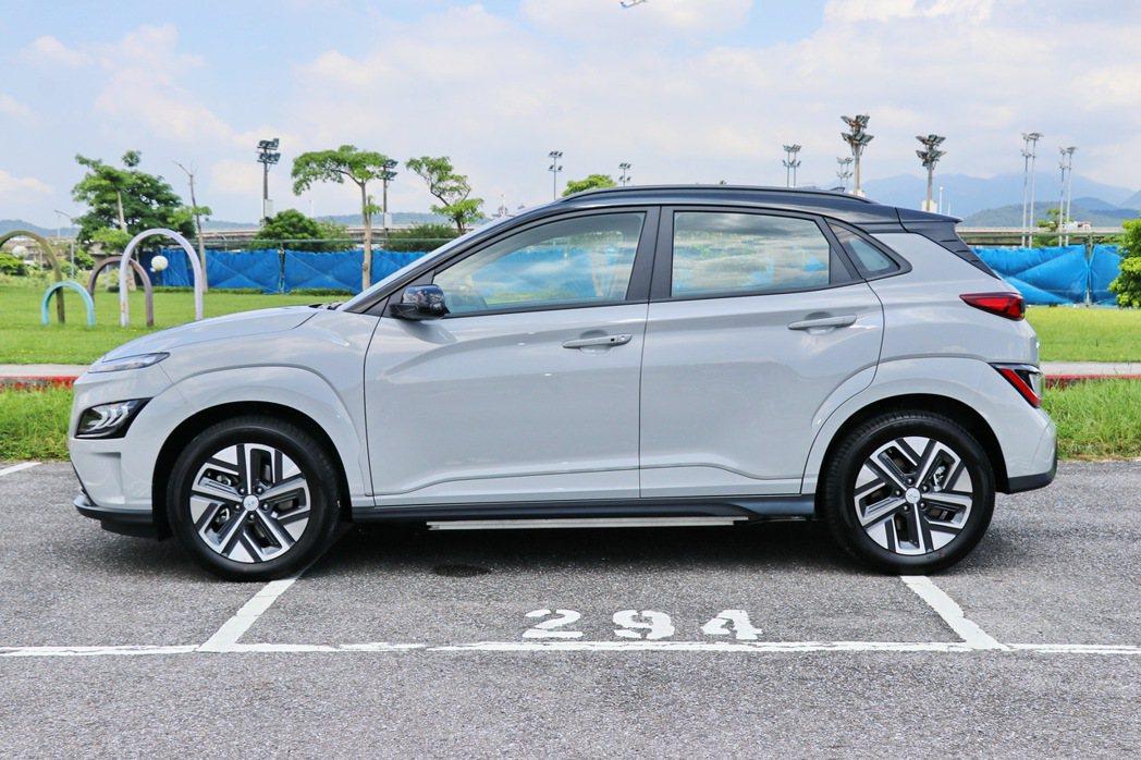 Kona Electric的車身尺碼與一般版本相仿。 記者陳威任/攝影