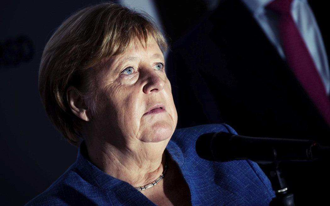德國人民喜愛穩定、波瀾不驚的政治風格,也不太喜歡劇烈的改變,這或許是政治人物有意...