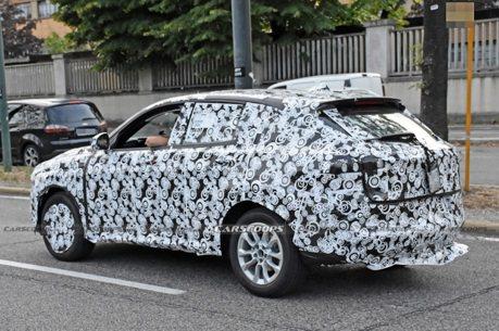 在原廠宣布延遲發表後 Alfa Romeo Tonale偽裝車持續上路測試!
