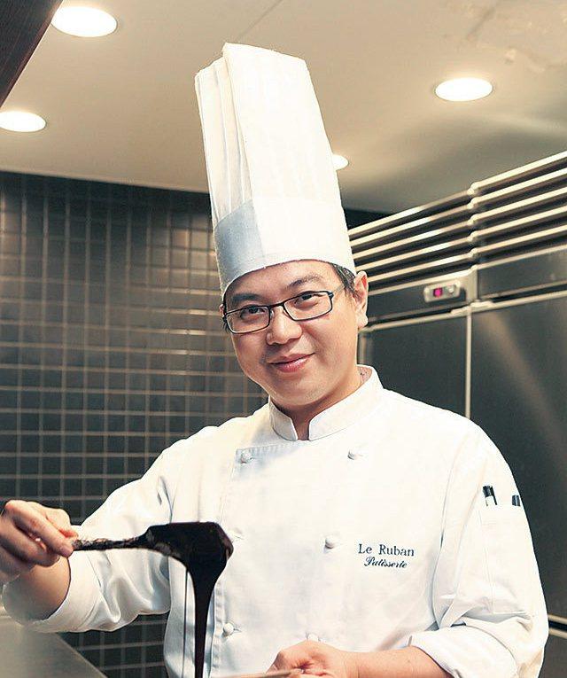 金牌甜點主廚李依錫。圖/法朋烘焙甜點坊提供