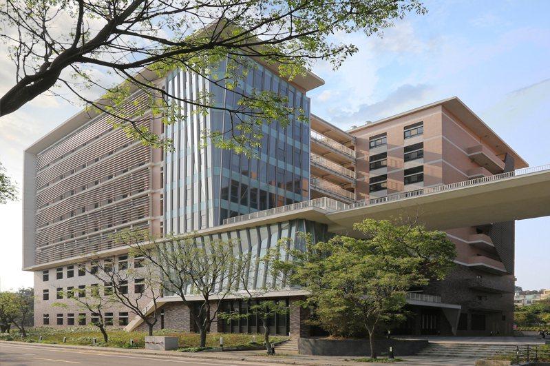 清大學士後醫學系的行政及教育中心將設在清華實驗室9樓。圖/清大提供