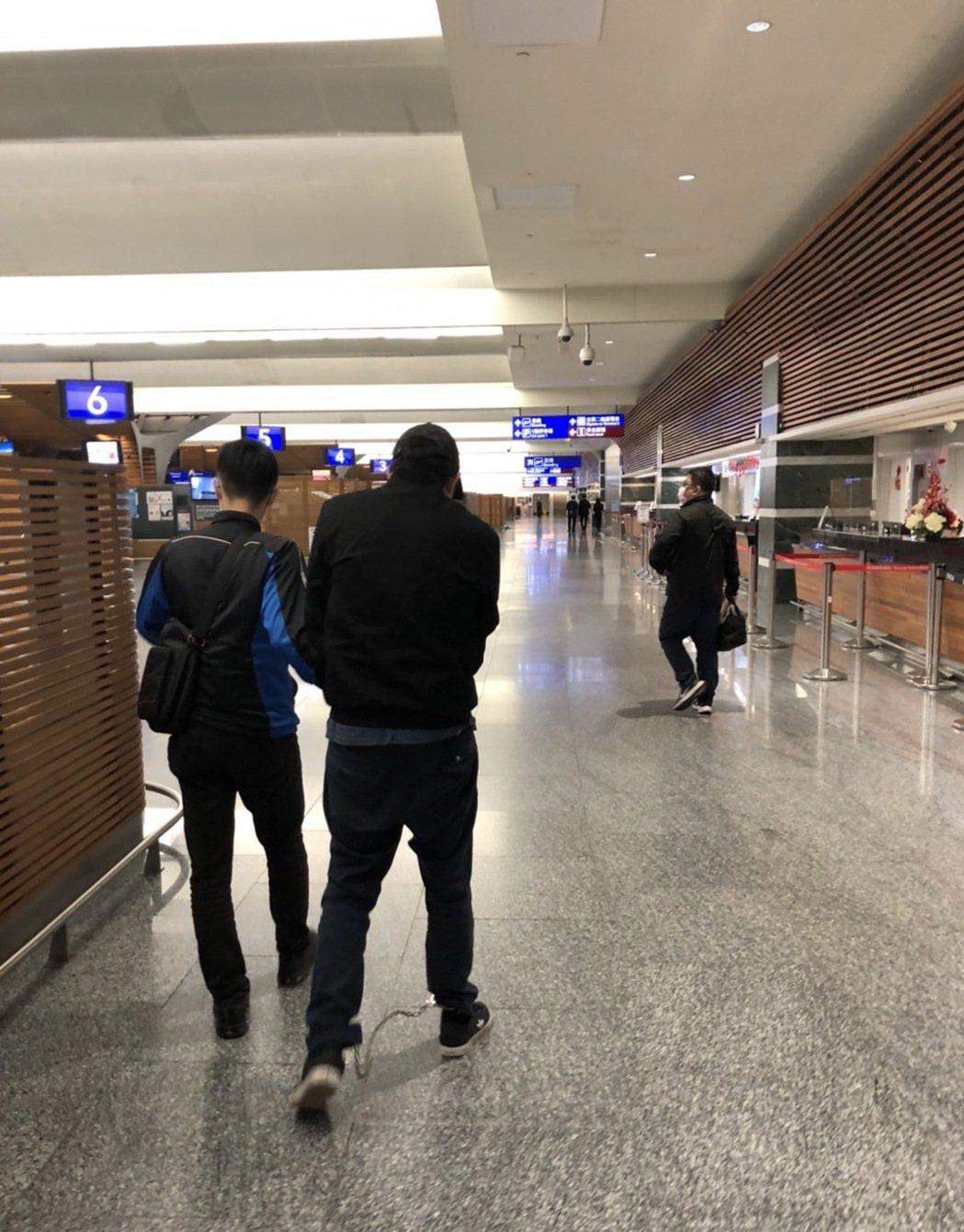 侯姓男子今年2月在機場遭航警查獲。