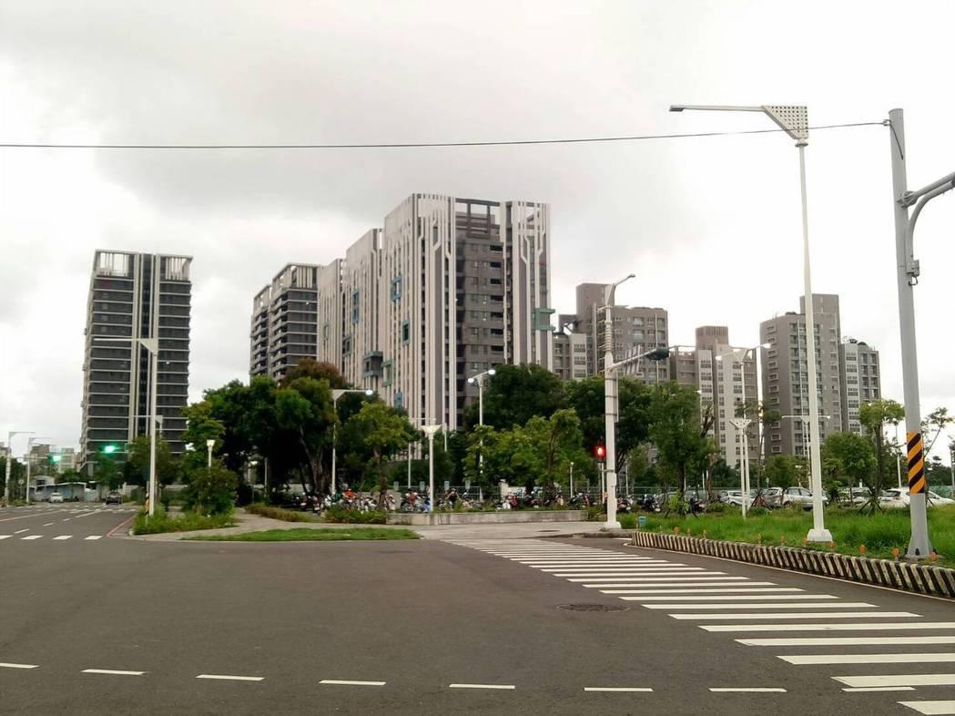 重劃區內新大樓林立(東森房屋研究中心/提供)