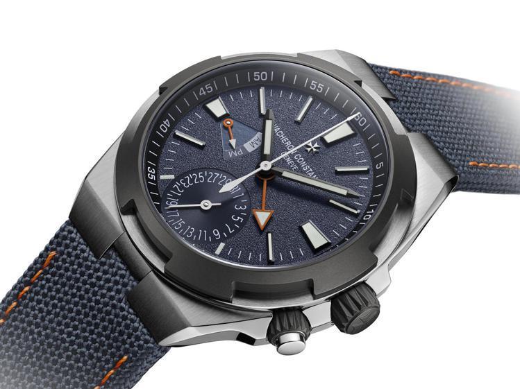 江詩丹頓Overseas限量Everest兩地時間腕表,限量150只,93萬5,...