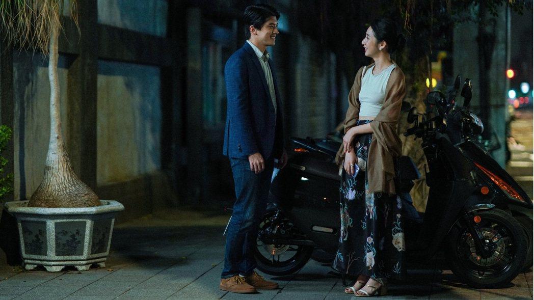李沐、林哲熹(左)「青春弒戀」組CP,有愛互動秒圈粉 。圖/電影《青春弒戀》提供