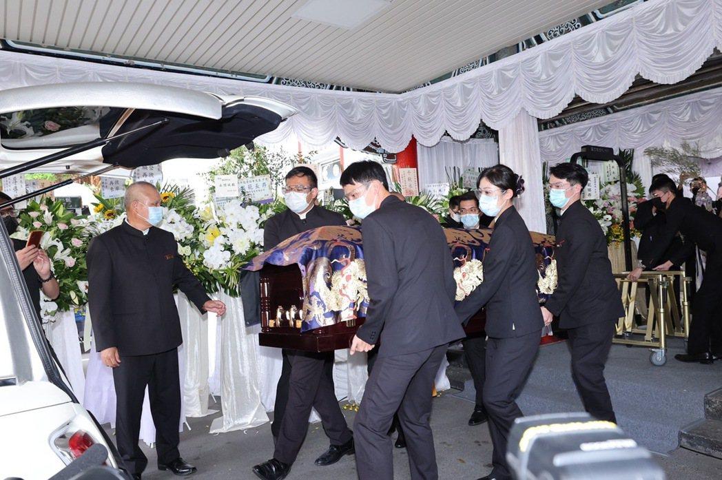 龍劭華告別式結束後將移往三芝龍巖真龍殿生命紀念館。記者王聰賢/攝影