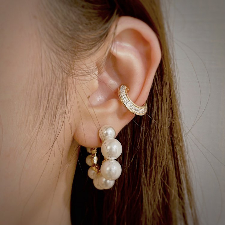 HansHsu MAISEY珍珠耳環,4680元。圖/HansHsu提供