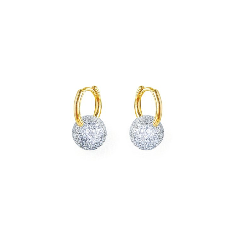 HansHsu UNA密鑽球型耳環,4980元。圖/HansHsu提供