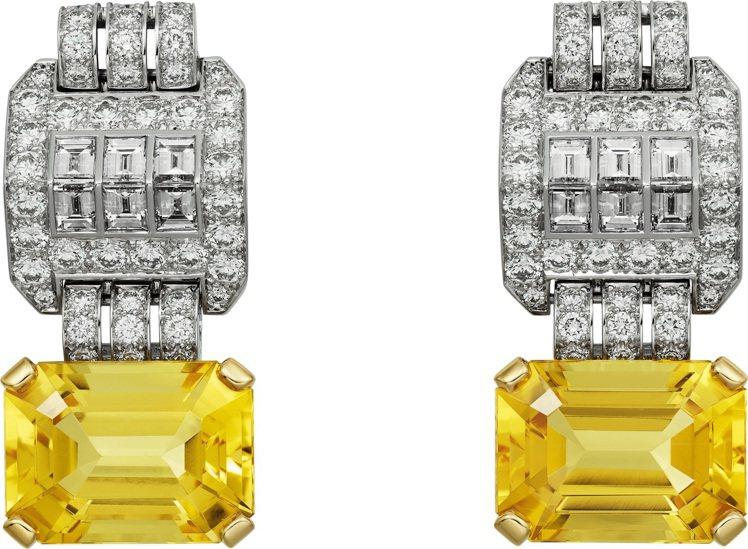 卡地亞頂級珠寶系列金綠柱石耳環,白K金與黃K金鑲嵌兩顆總重13.82克拉的長方形...