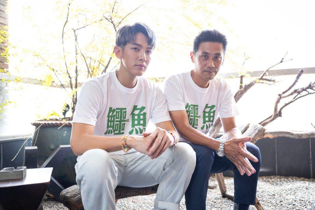 柯震東(左)和導演陳大璞(右)為電影「鱷魚」宣傳。記者沈昱嘉/攝影