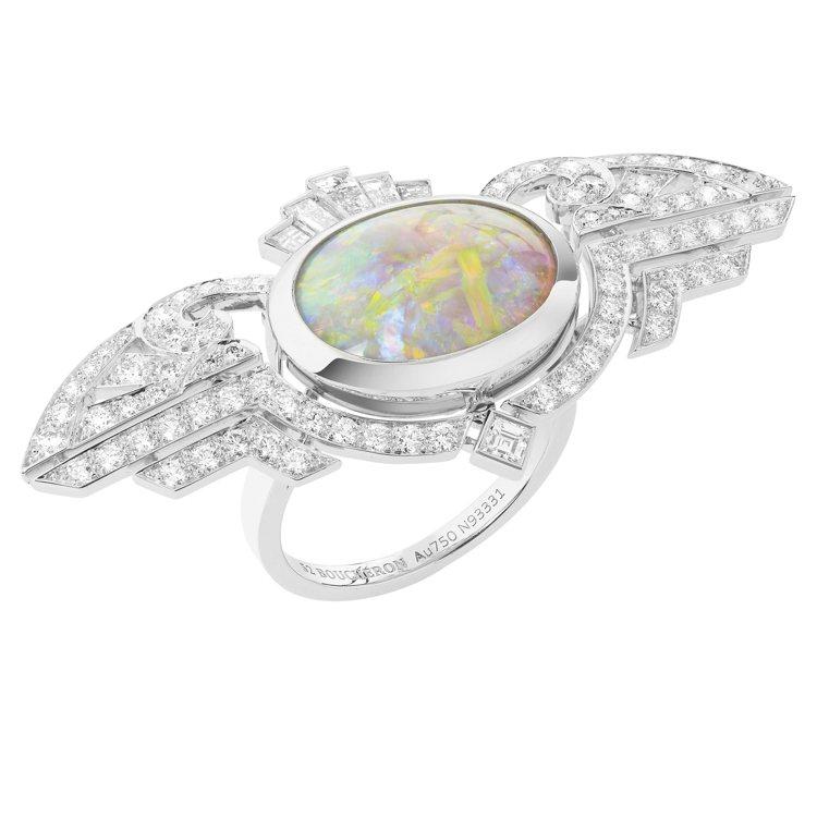 Boucheron高級珠寶系列Indian Palace戒指,鑲嵌1顆蛋白石約8...