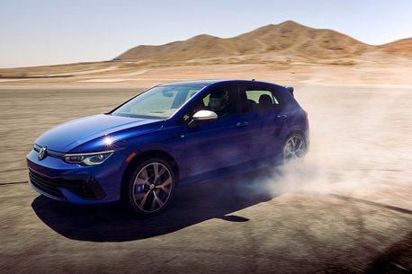 GTI、R都有六速手排!美國公布全新第八代福斯Golf銷售陣容
