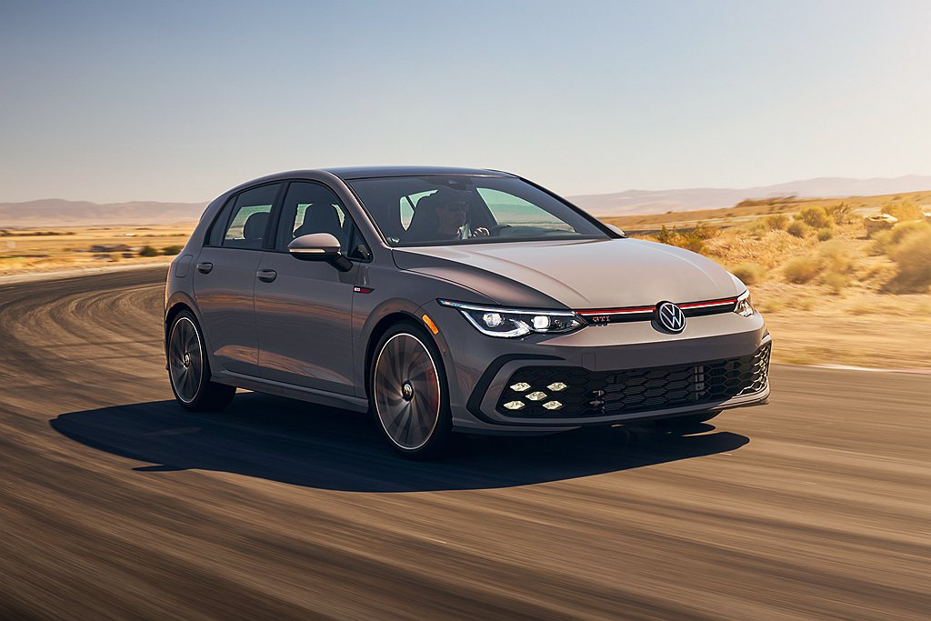 全新第八代福斯Golf GTI在美國市場提供S、SE以及Autobahn三種車型...