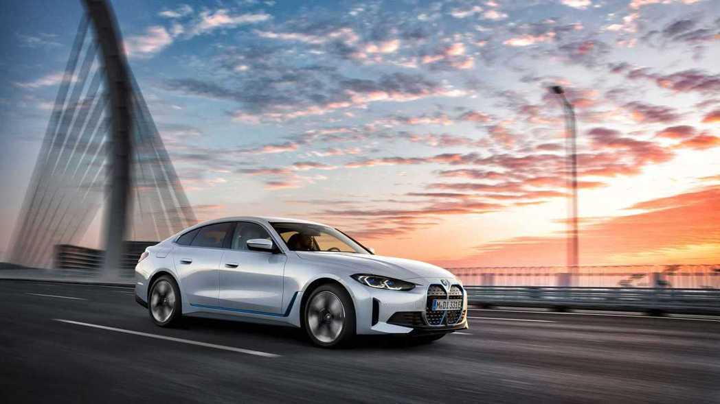 BMW i4。 圖/BMW提供
