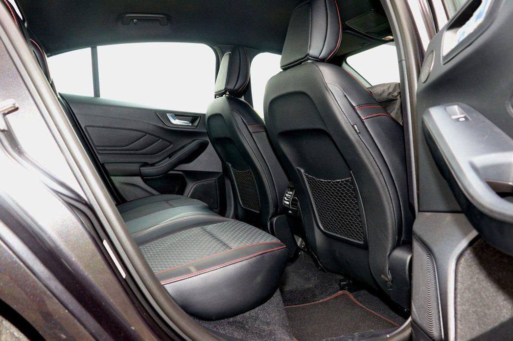 Focus擁有2700mm軸距表現,乘坐空間舒適。 記者陳威任/攝影