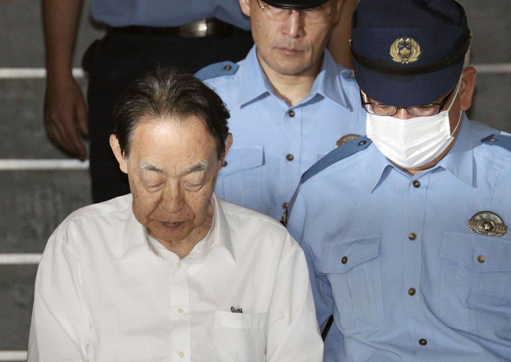 2019年6月1日,曾任日本農林水產省前事務次官的熊澤英昭,親手殺了44歲的繭居...