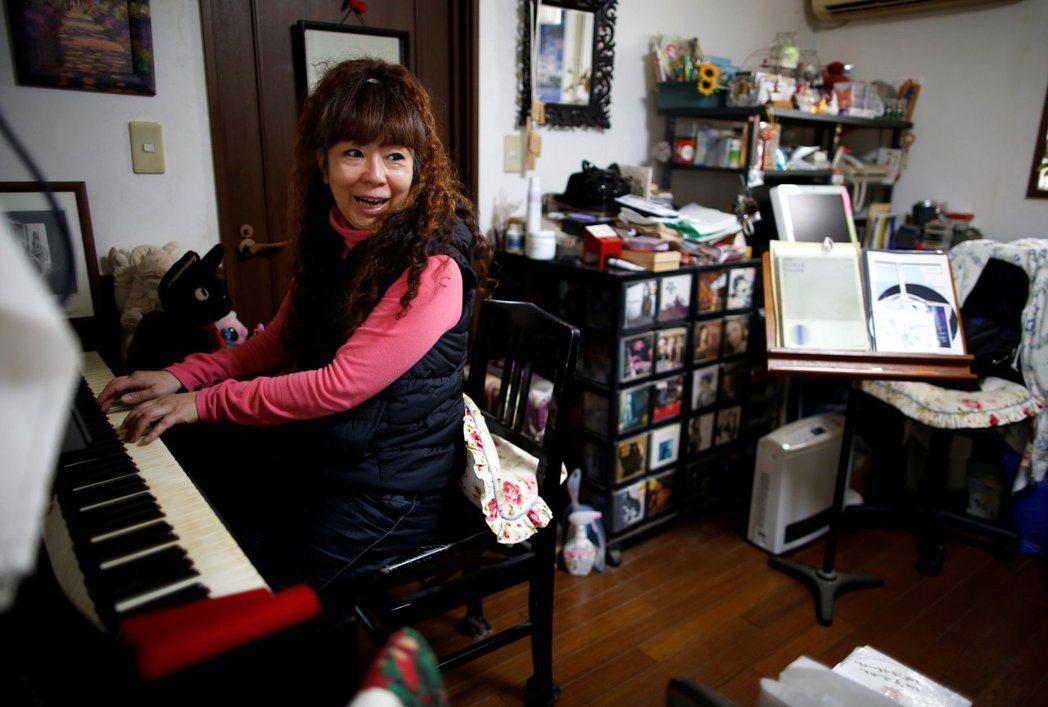 路透社報導中另一名受訪者為58歲的田中弘美(Hiromi Tanaka),她與寡...