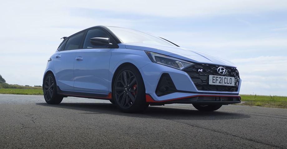 Hyundai i20 N。 截自Car Throttle影片