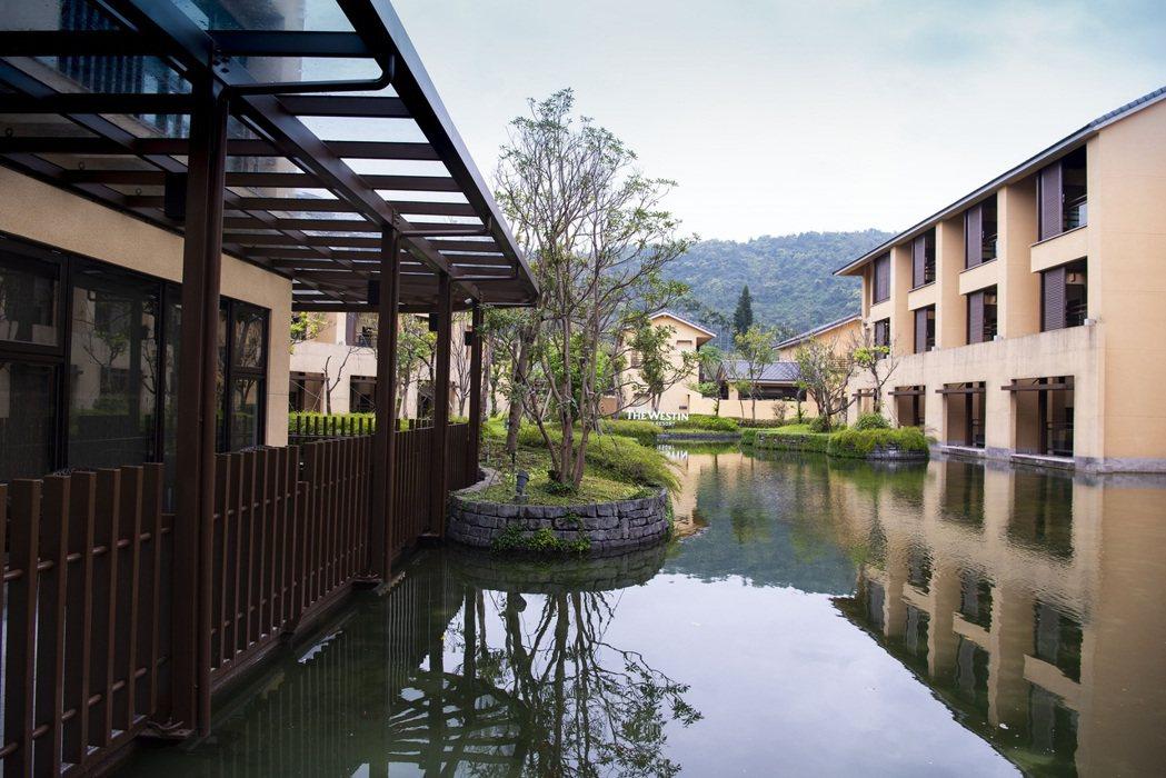 宜蘭力麗威斯汀酒店廊道幽靜令人放鬆, 是頂級渡假首選。