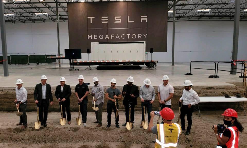 美國加州拉斯羅普市市長達利瓦爾22日於臉書貼文表示,特斯拉生產工業級儲能電池的新...