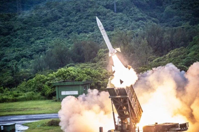 從政院提出的國防特別預算項目可看出,我方未來建軍方向,致力於打造台灣為飛彈島,不管對地、對海、防空飛彈,質與量都大幅上升。圖/國防部提供
