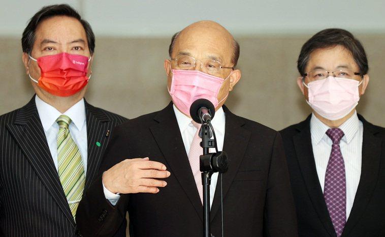行政院長蘇貞昌(中)今至立法院報告紓困5.0預算案。記者杜建重/攝影