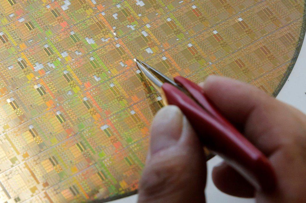 晶片需求依然強勁,有望支撐台、韓等亞洲出口國。(路透)