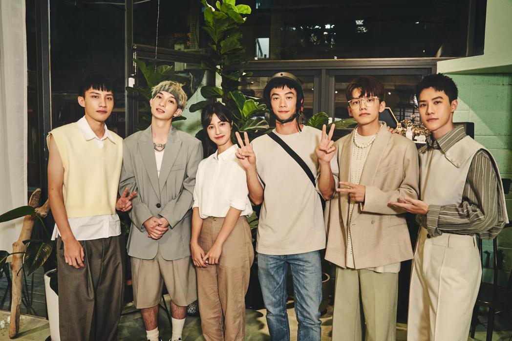 noovy劇情版MV要來陳敬宣(左3起)與王可元演出。圖/索尼音樂提供