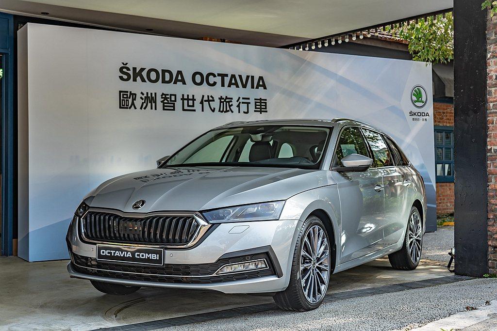 全新第四代SKODA Octavia不僅首度搭載Matrix LED智慧複眼頭燈...