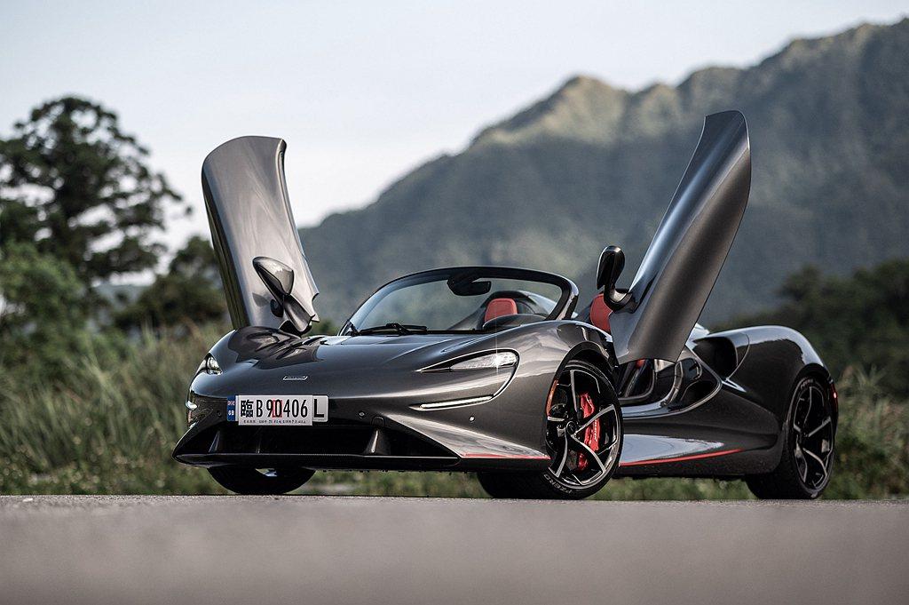 前擋版本McLaren Elva巡迴展示車輛,擁有MSO Bespoke客製化I...