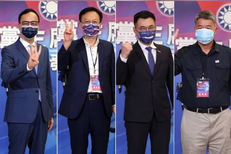 國民黨主席選舉25日投票,共有4位參加角逐,1號江啟臣(右二)、2號卓伯源(左)...