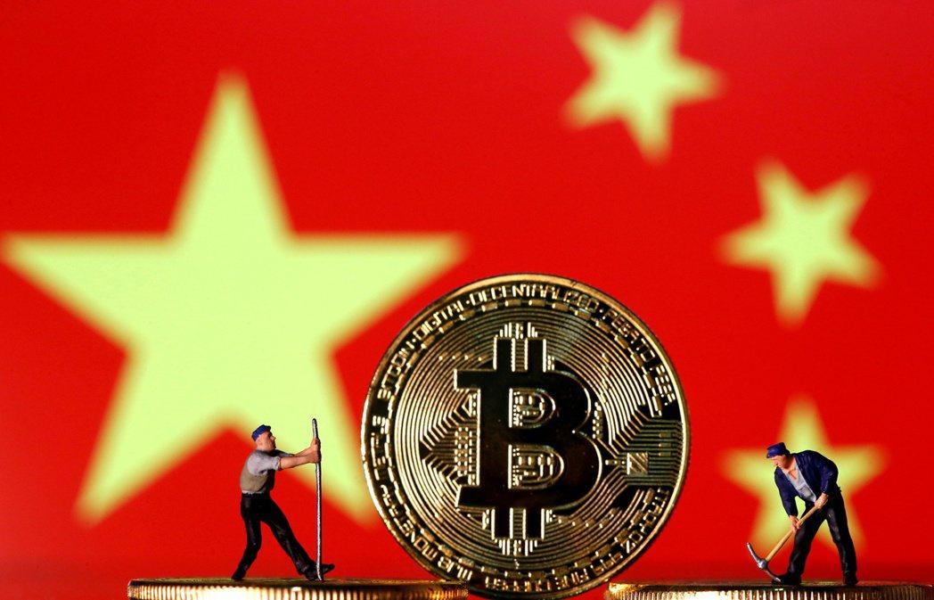 大陸央行在官網表示,所有加密幣相關交易都屬違法,應受到禁止。  路透