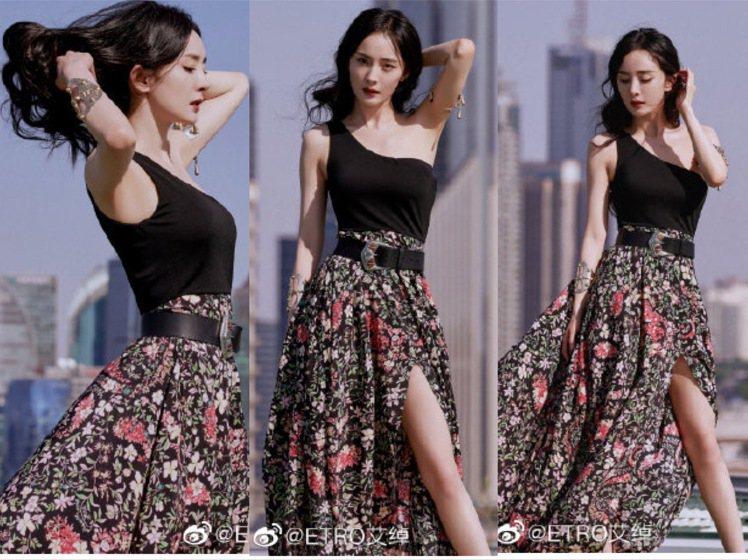 楊冪搶先全球穿上時裝周甫發表的2022春夏新款,展現浪漫度假風。圖/取自微博