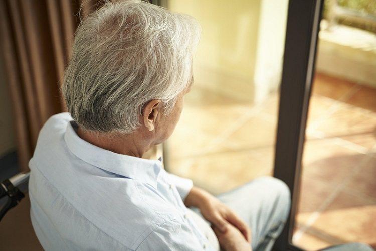 引起失智症有眾多原因,最常見的為神經退化性失智症,其中最大宗為阿茲海默症,大約占...