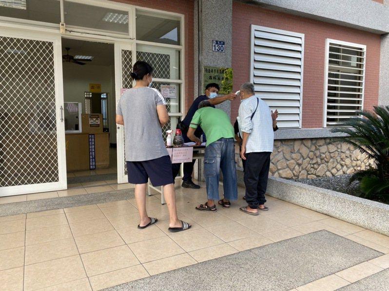 花蓮鳳林警分局規畫西林派出所等3所,今起代訂五倍券。圖/警方提供