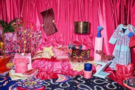 繽紛印花也能有氣質!IKEA與英國龐克公主聯名超有風格