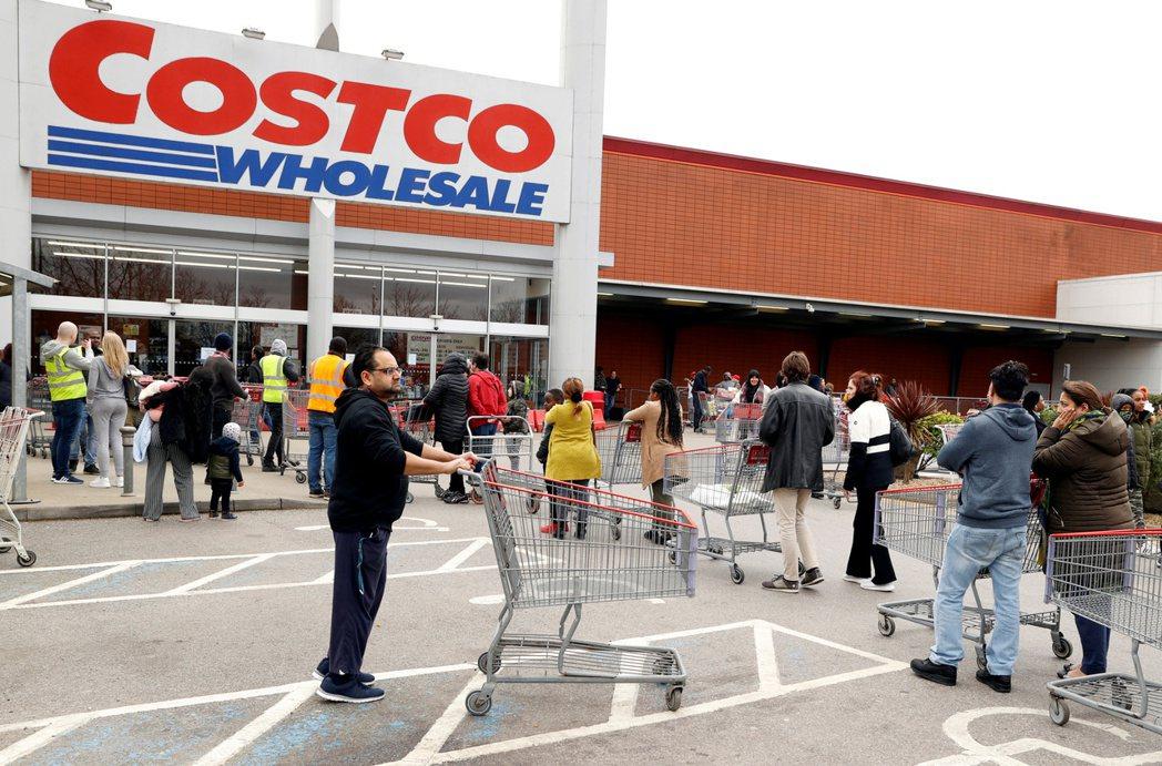美國零售巨擘好市多(Costco)再度祭出衛生紙、廚房紙巾及清潔用品限購令,原因...
