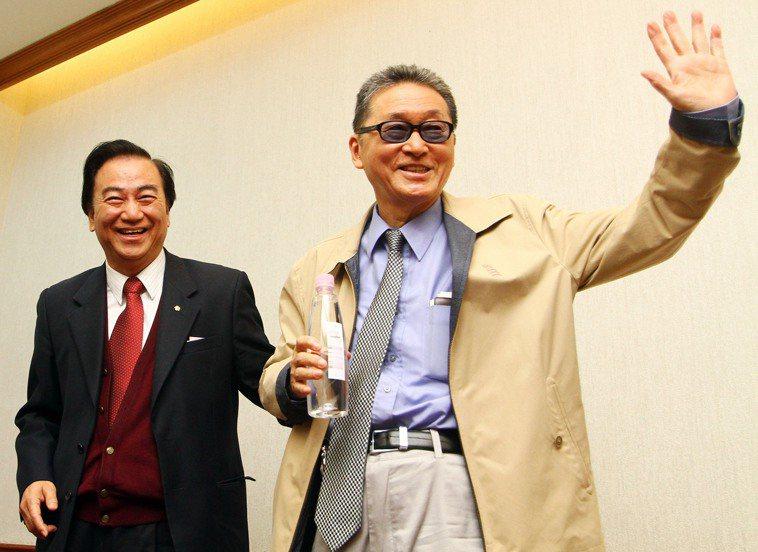 馮滬祥(左)曾與李敖(右)搭配參選正副總統。圖/聯合報系資料照