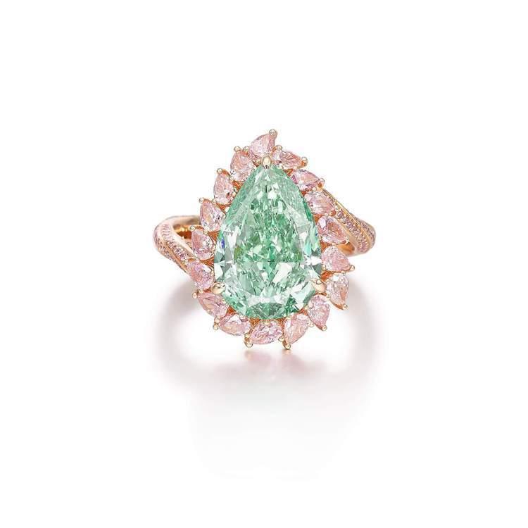 濃彩(Fancy Intense)綠鑽鑽戒。圖/蘇富比提供
