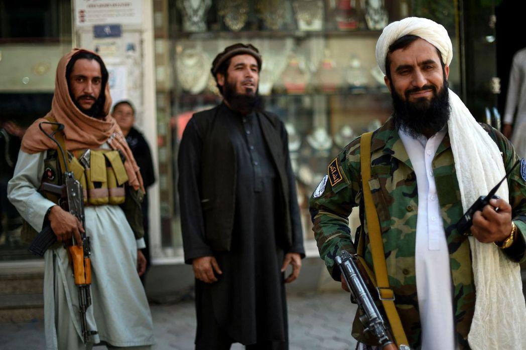 拜登政府雖支持繼續和談,但塔利班似乎認為勝利在握,並未停止對阿富汗政府的攻擊及暗殺行動,也未打算與現在的政府分享權利,而是準備再度重掌阿富汗。 圖/法新社