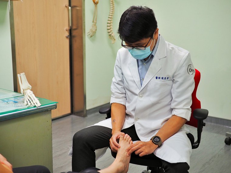 陳彥宇醫師擅長足踝相關的微創手術與內視鏡手術。 圖/陳彥宇 提供