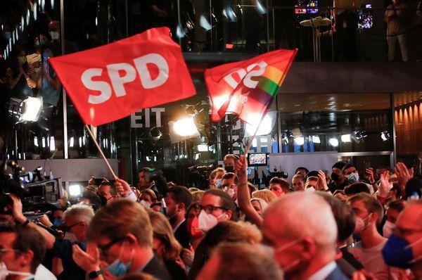 德國26日舉行國會大選,美聯社引述德國選舉委員會27日公布的結果,社會民主黨獲得...